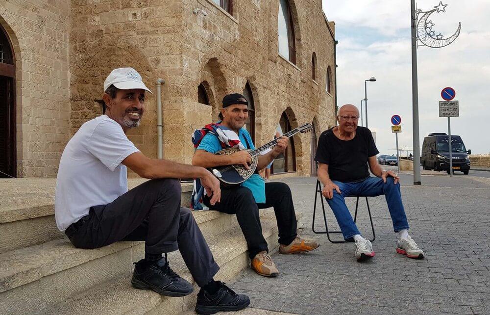 Người dân Israel rất thích nói chuyện với người lạ