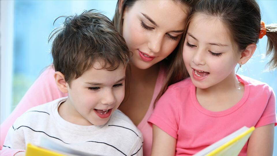 Bà mẹ Do Thái đã bắt đầu dạy con ngay từ khi mang thai