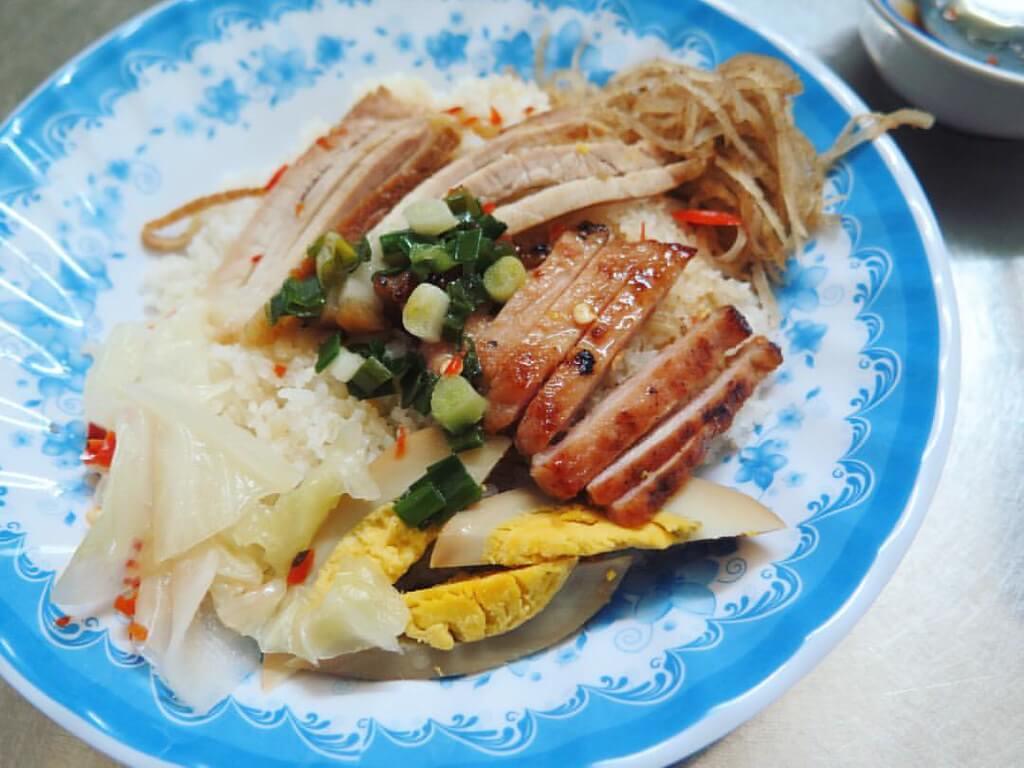 Bún nước kèn là một trong những món ăn độc đáo và nổi tiếng nơi đây.