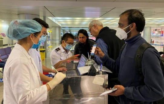 COVID-19: Việt Nam dừng miễn visa cho 8 nước Châu Âu từ 12.3